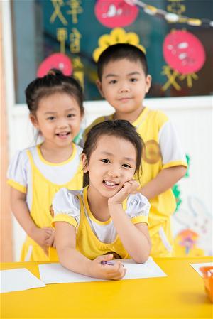Công ước giữa Việt Nam và Mỹ về diện con nuôi đặc biệt